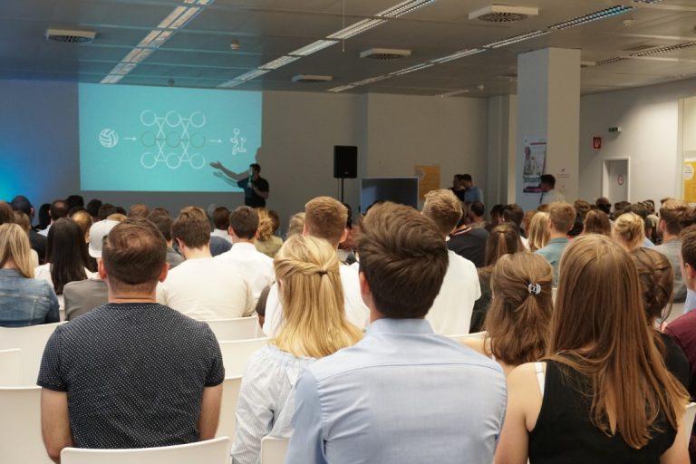 Keynote - Speaker